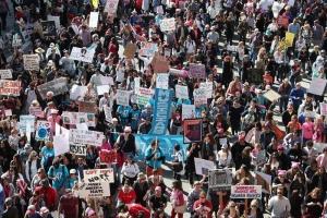 Marcha en defensa de los derecho de las mujeres en Los Ángeles, California. EFE.