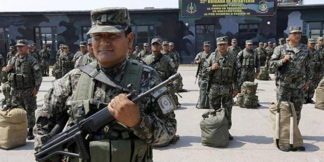 Militares peruanos. Archivo
