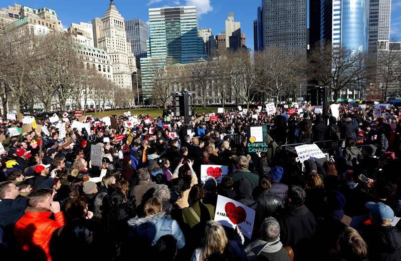 Protesta en Nueva York contra Donald Trump y su política anti-inmigrante. EFE