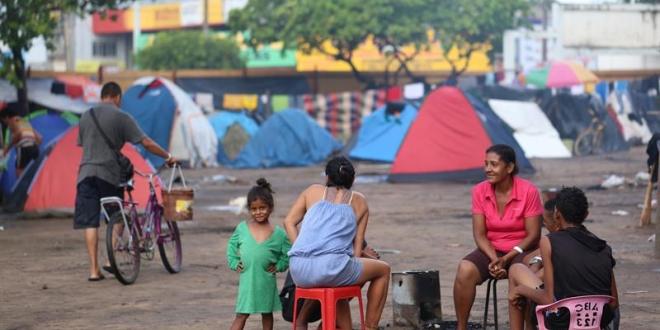 Refugiados venezolanos en la plaza Simón Bolívar en Boa Vista, capital del estado de Roraima (Brasil).
