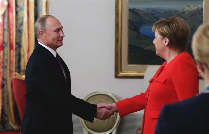 Putin felicita a los rusos en el Día de la Victoria — Rusia