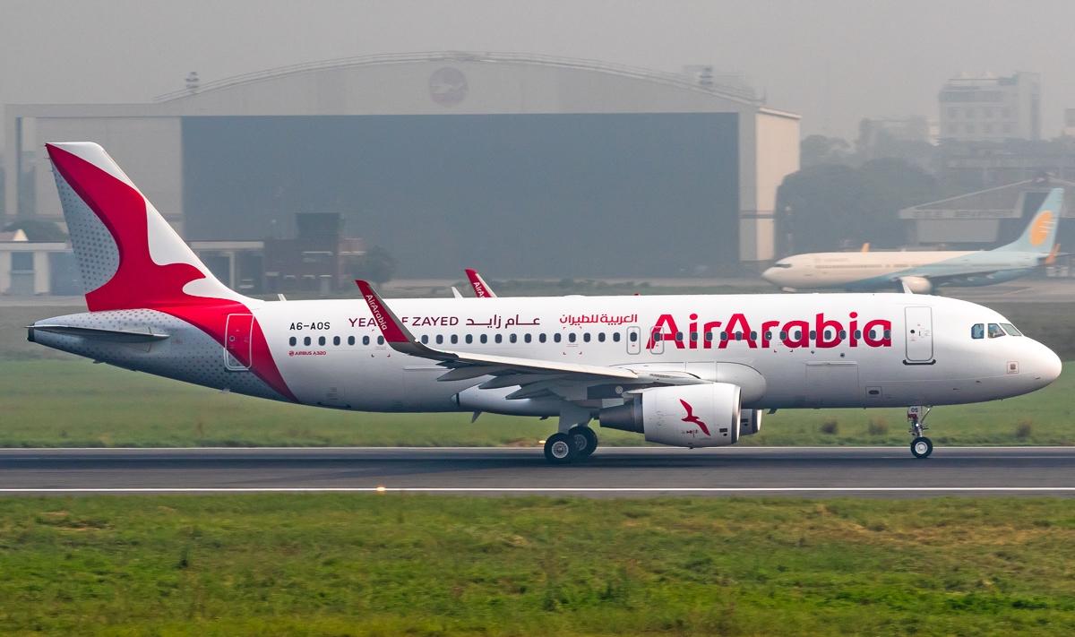 Airbus vende 50 aviones A350 a Emirates por 16.000 millones de dólares