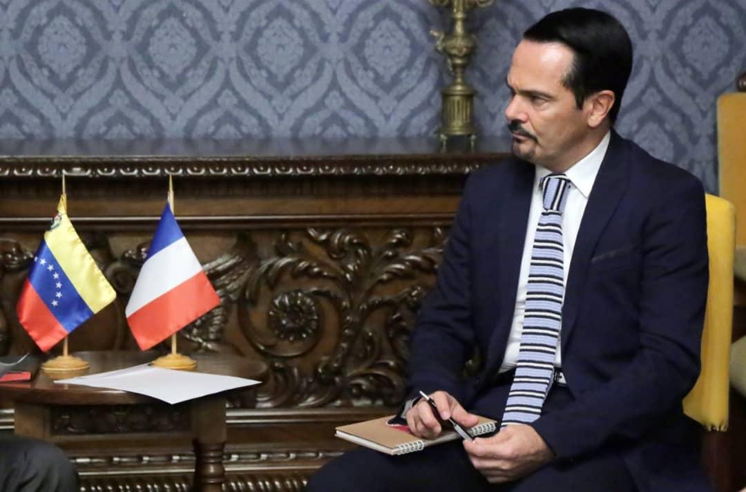 Venezuela condena conducta del embajador francés Romain Nadal