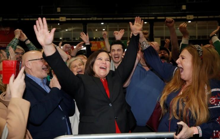 El fin del bipartidismo sitúa a Irlanda en territorio desconocido
