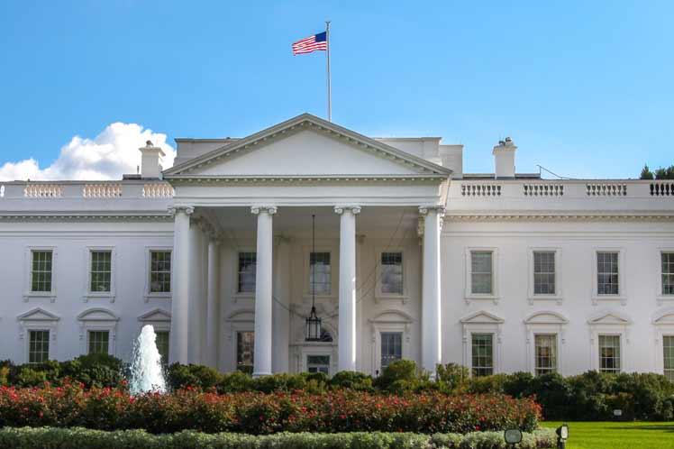 Servicio Secreto ordena a prensa abandonar terrenos de Casa Blanca