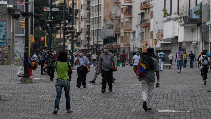 Delcy Rodríguez reporta 242 casos y cuatro muertos por COVID-19