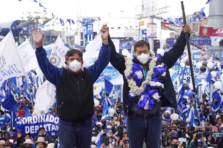 Movimiento al Socialismo de Bolivia se llevó el 55 % de los votos