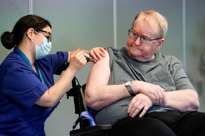 Mueren 23 personas luego de recibir la vacuna contra el coronavirus