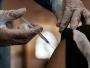 Gobierno de Brasil da marcha atrás y vuelve a recomendar vacunación de adolescentes