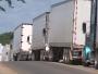 Transportistas salvadoreños amenazan con huelga por crisis de diesel