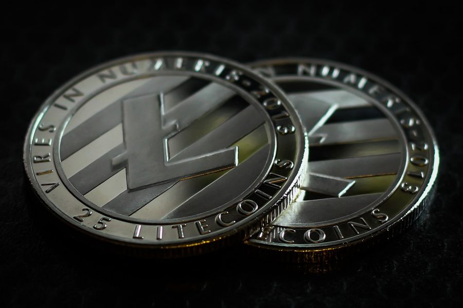 Litecoin set to breach ascending triangle as buying pressure rises