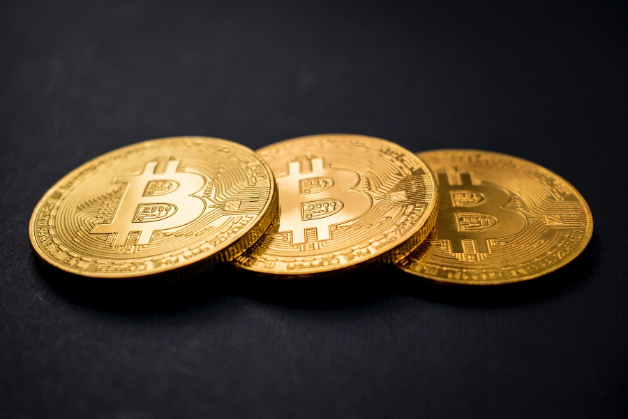 TUSD's volume pumps up to 3 times as Bitcoin's price drops