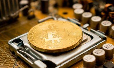 "Bitcoin hodlers, ""Keep calm and HODL On"""
