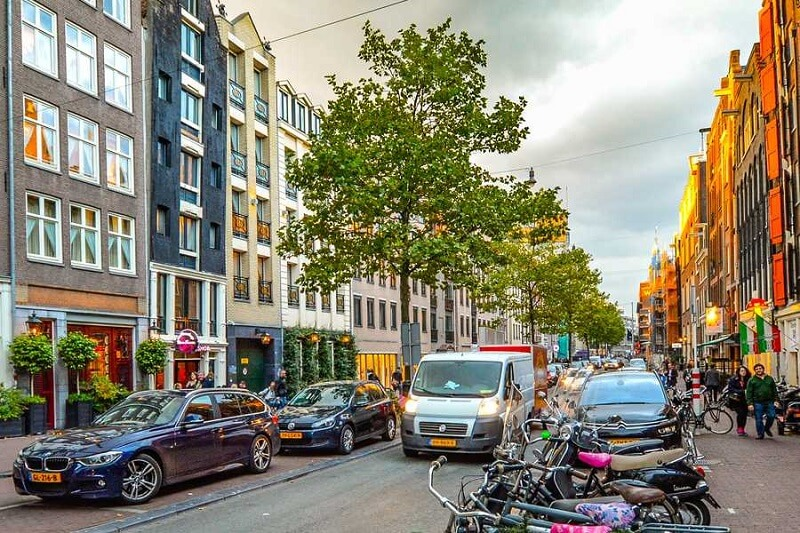 Rua em Amsterdam