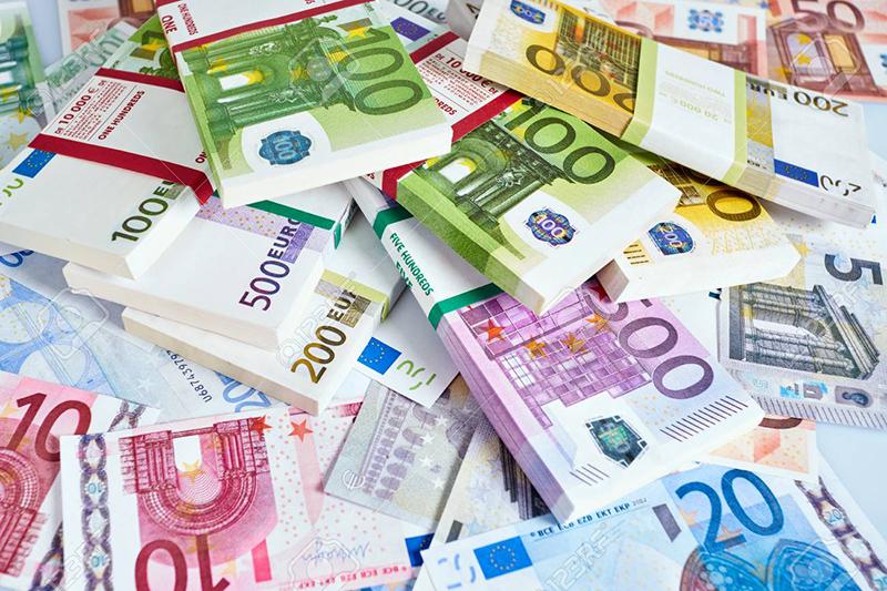 Euros em espécie