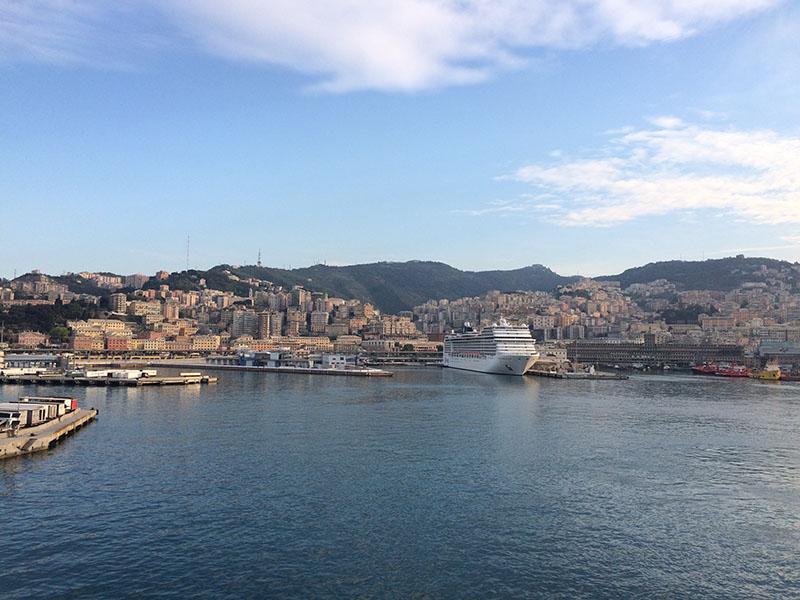 Porto de ferries em Barcelona