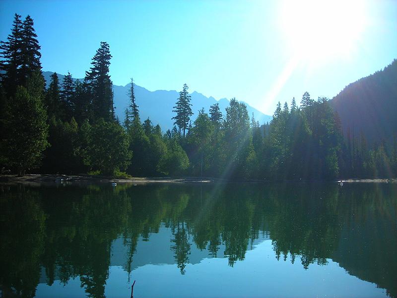 Cenário do Lago Birkenhead em Whistler