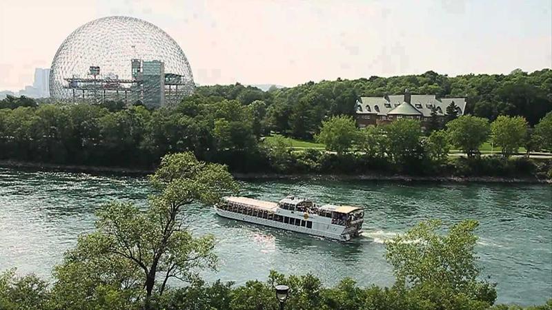 Cruzeiro Le Bateau-Mouche em Montreal