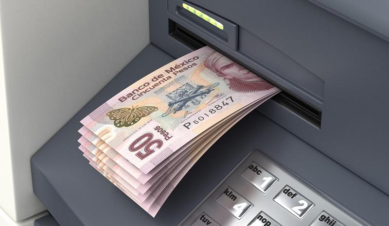 Retirando pesos mexicanos em casa de câmbio