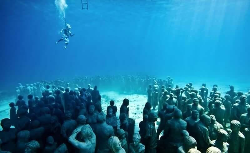 Passeio para conhecer o Museu Subaquático de Cancún