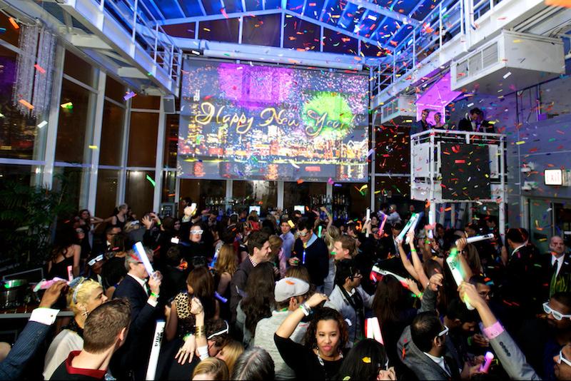 Ano Novo em Chicago: festa de Ano Novo no bar Roof on theWit