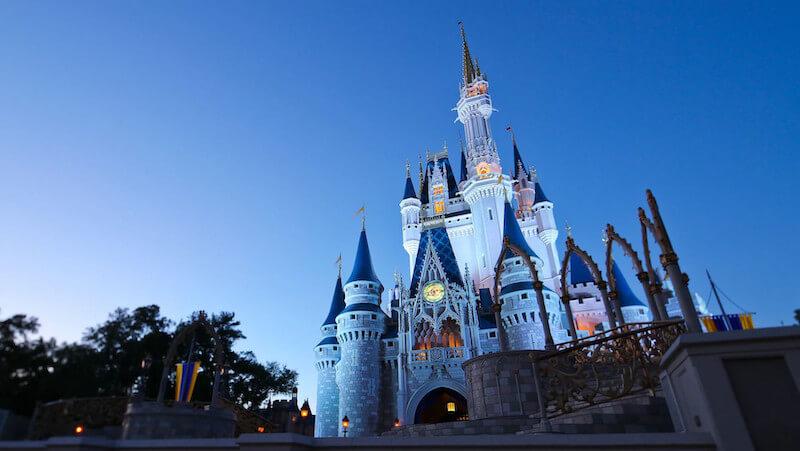Como transferir dinheiro para Orlando: Castelo da Cinderela no Disney's Magic Kingdom