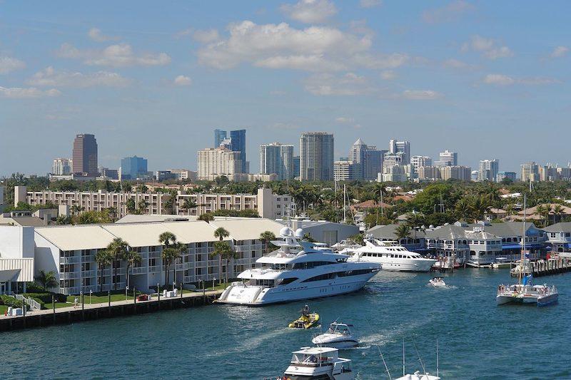Porto de ferry boat em Fort Lauderdale