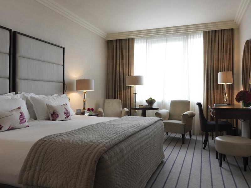 The Westbury Hotel em Dublin - quarto