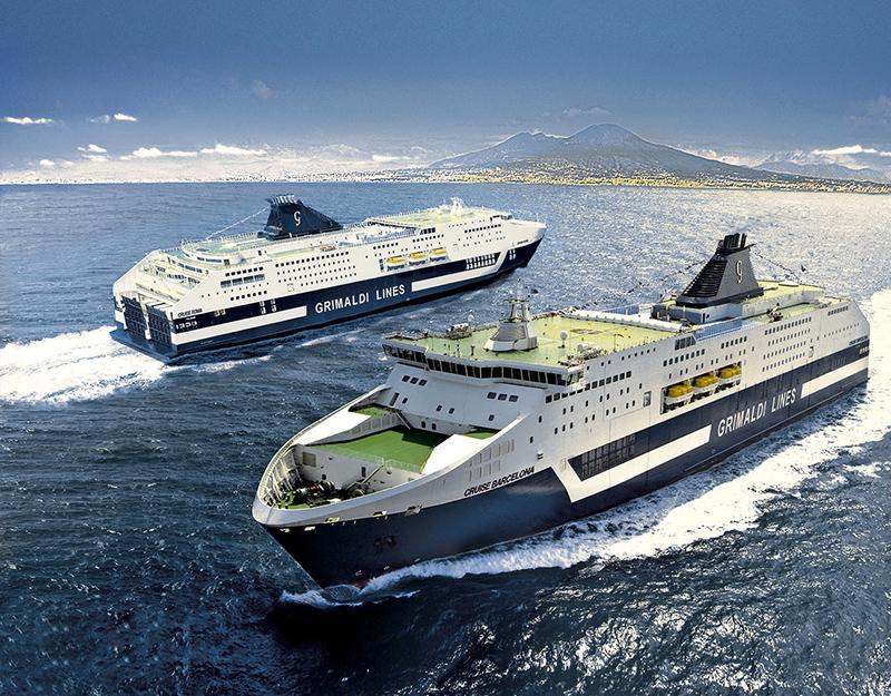 Ferry com destino a Barcelona na Espanha