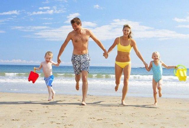 Praias para famílias no Algarve