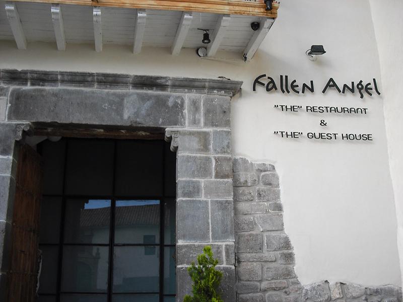 Bar FallenAngel em Cusco