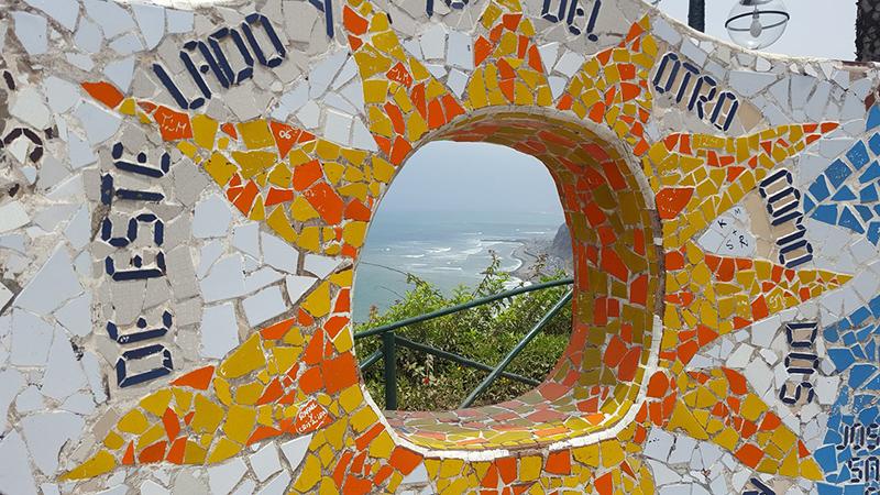 Ladrilhos do Parque del Amor em Miraflores