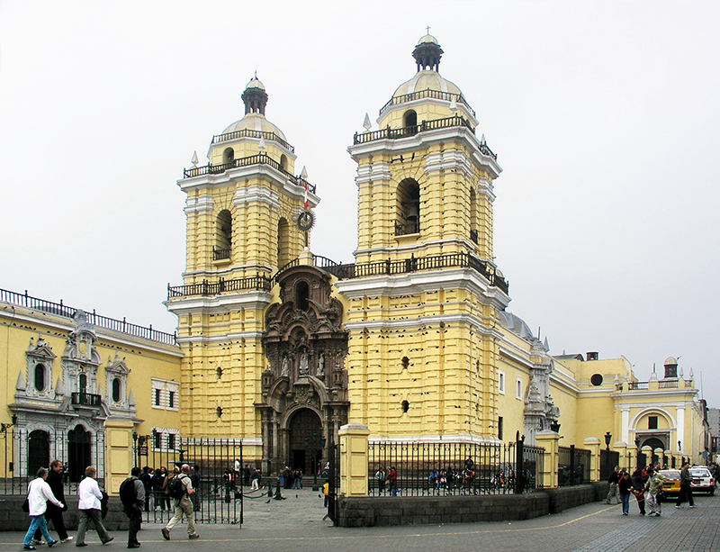 Fachada do Convento de São Francisco em Lima