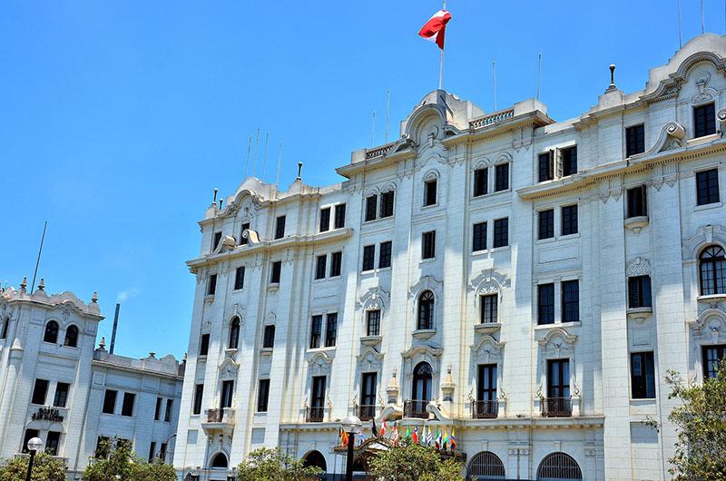 Fachada do Gran Hotel Bolivar em Lima