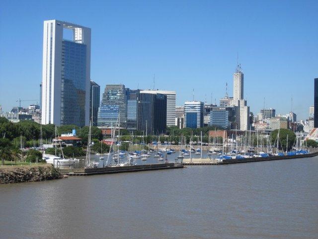 Principais destinos de ferry em Colonia del Sacramento