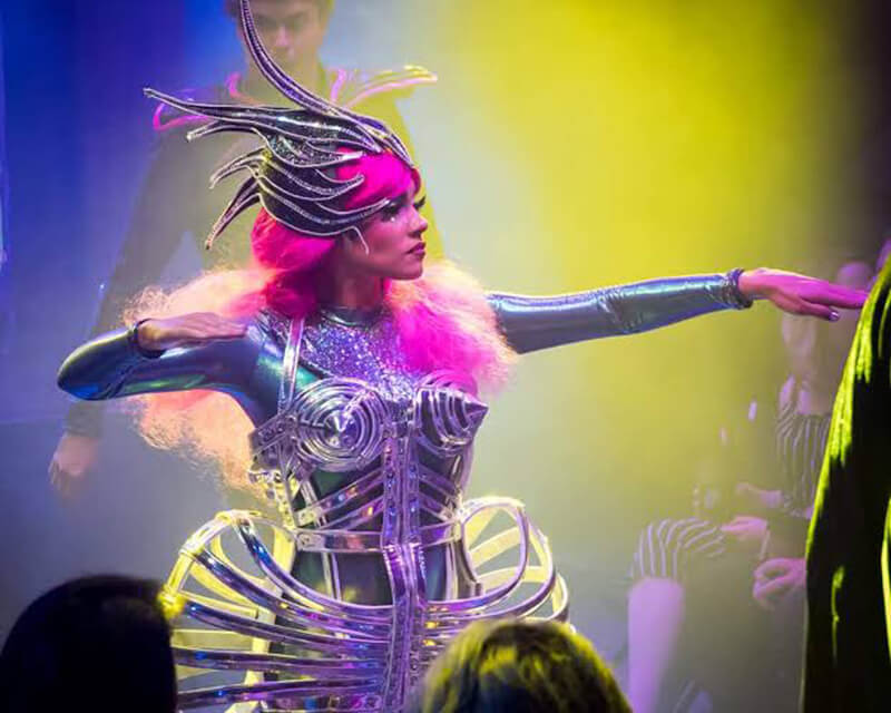Personagens do show Opium em Las Vegas