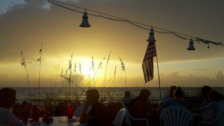 Beach House Restaurant – Outdoor Dining and Great Florida Seafood