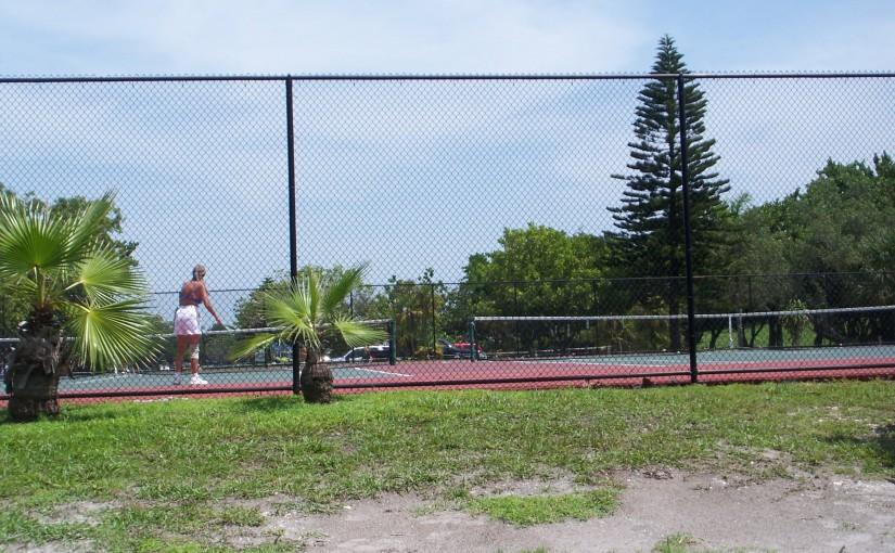 Holmes Beach Tennis courts