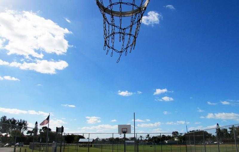 Holmes Beach Public Basketball Court