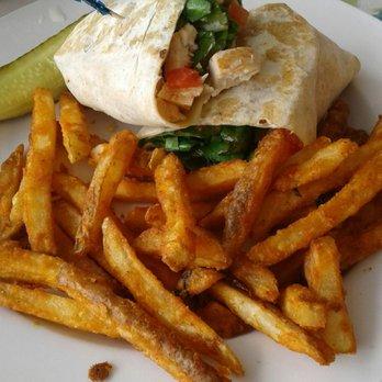 Peach's Restaurant in Holmes Beach – Laid Back, Homestyle Breakfast Food