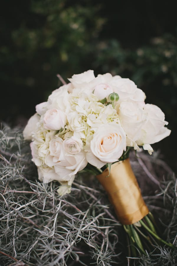 12 Reasons Not to Pass Up Roses for Your Big Day - Seattle wedding with white roses