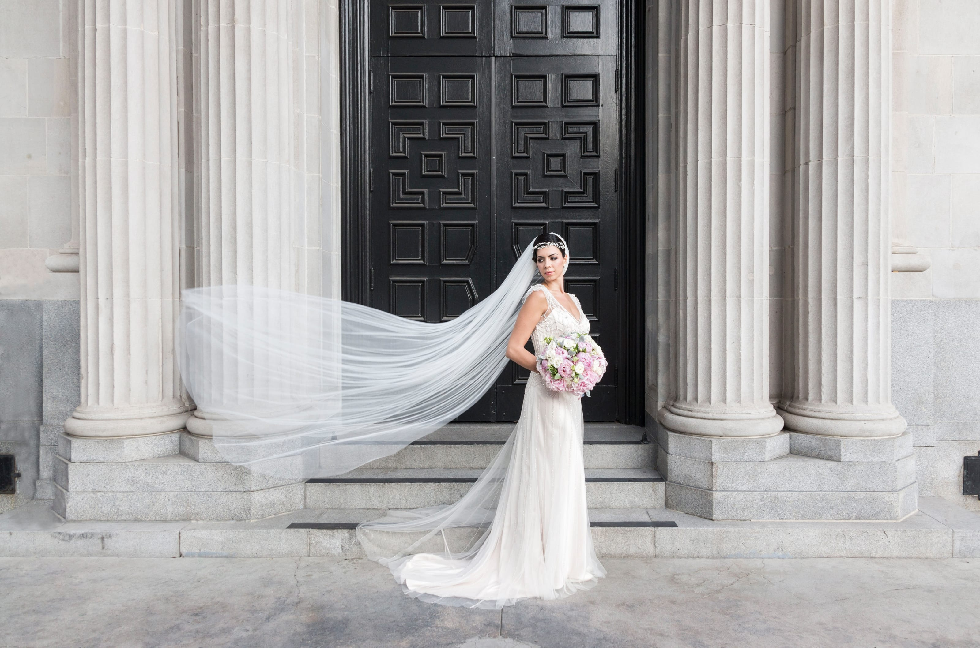 Gatsby-Inspired Shoot Featuring 2016 Pantone Colors - Ettia wedding dress
