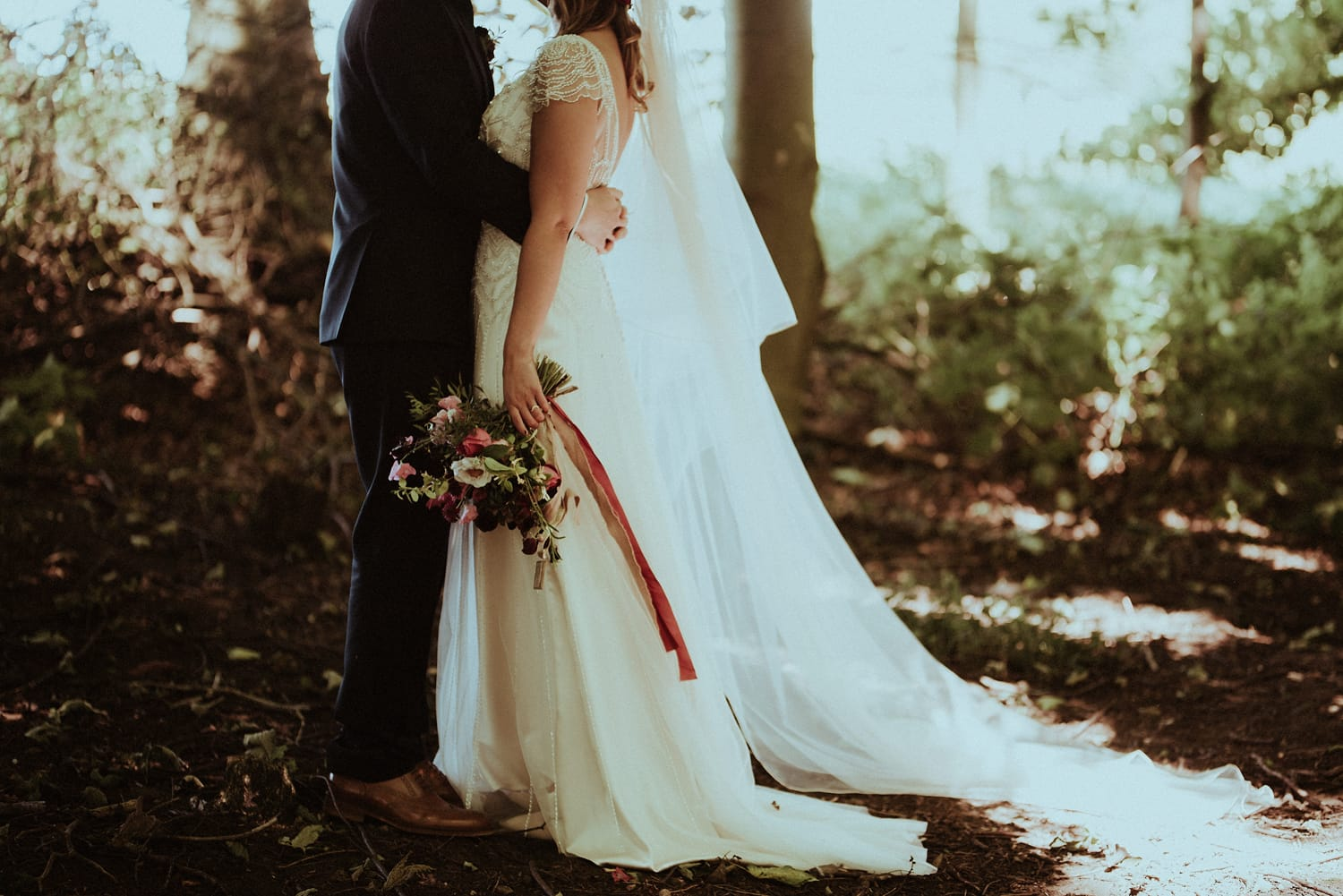 311046bb1a4 Sunny and Vintage-Inspired Wedding in Medieval Ruins - Love Maggie ...