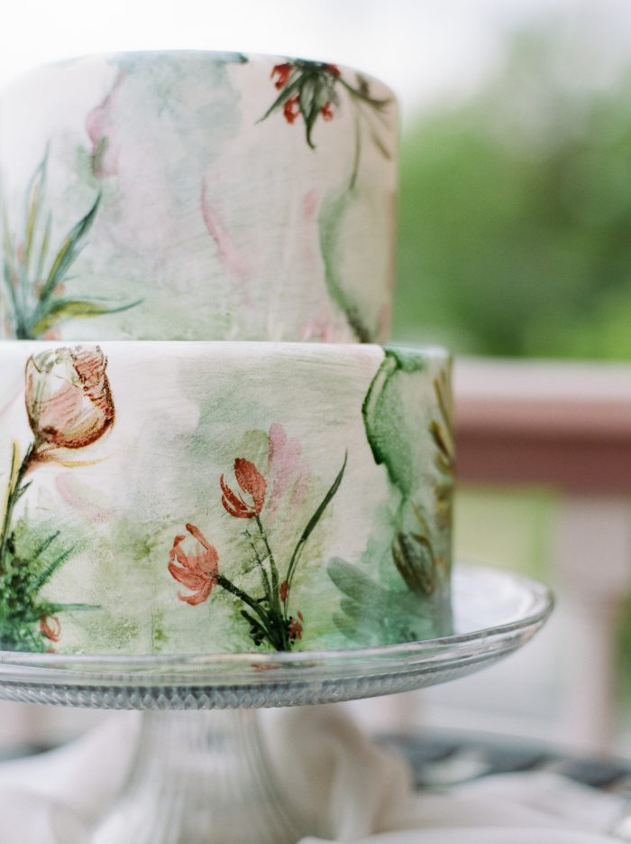 Vintage Watercolor Wedding Cake to match your Vintage Wedding