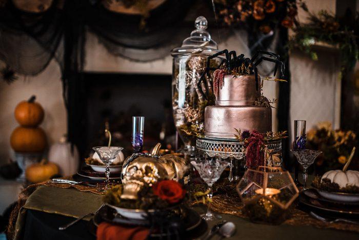 Metallic Halloween Wedding Cake on Table with Halloween Decor