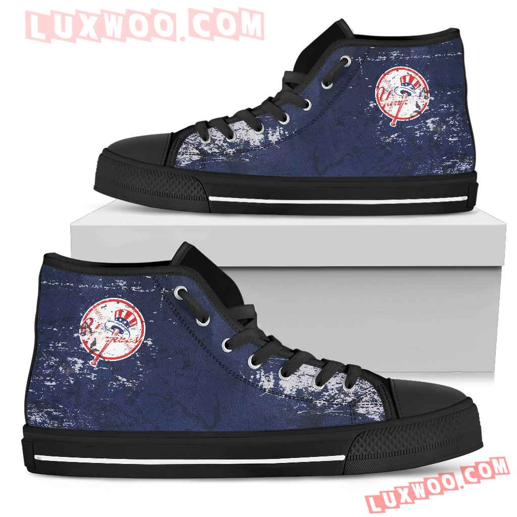 Grunge Vintage Logo New York Yankees High Top Shoes