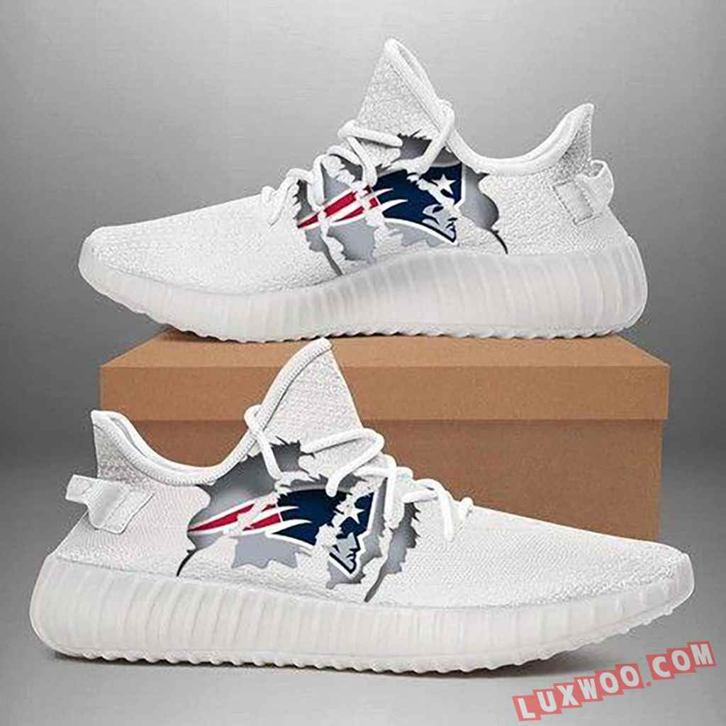 New England Patriots Yeezy Shoes Best Gift For Friends