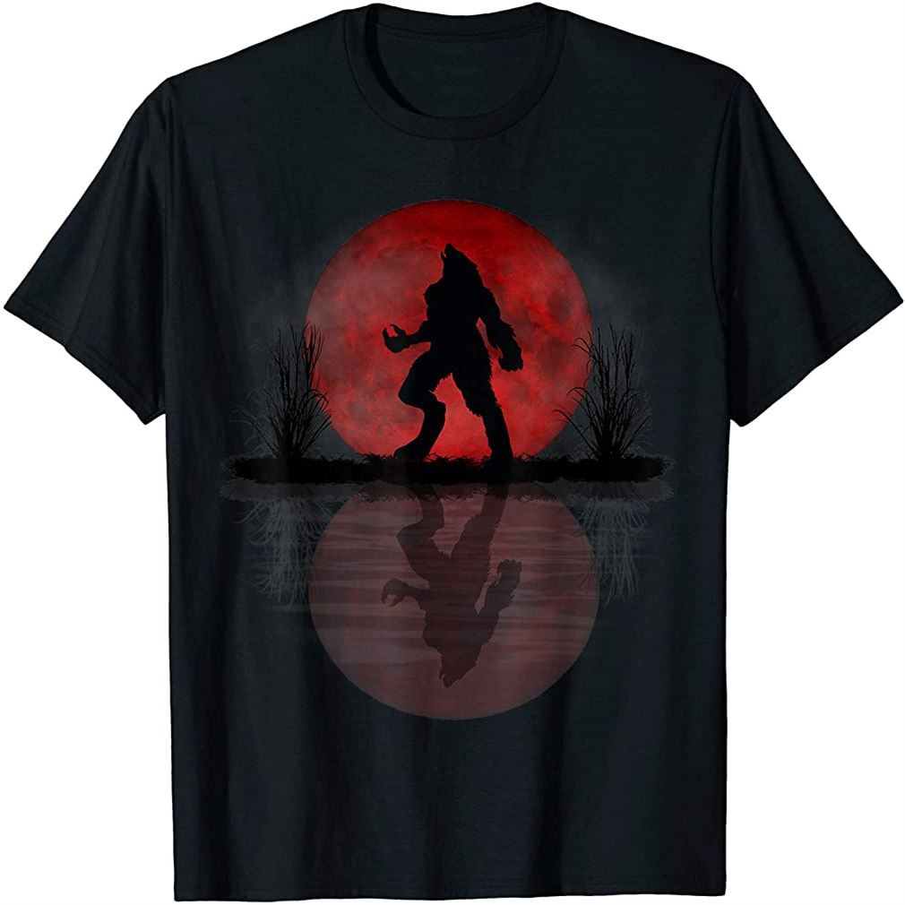 Werewolf Under A Full Blood Moon Howling Tee Gift T-shirt Size Up To 5xl