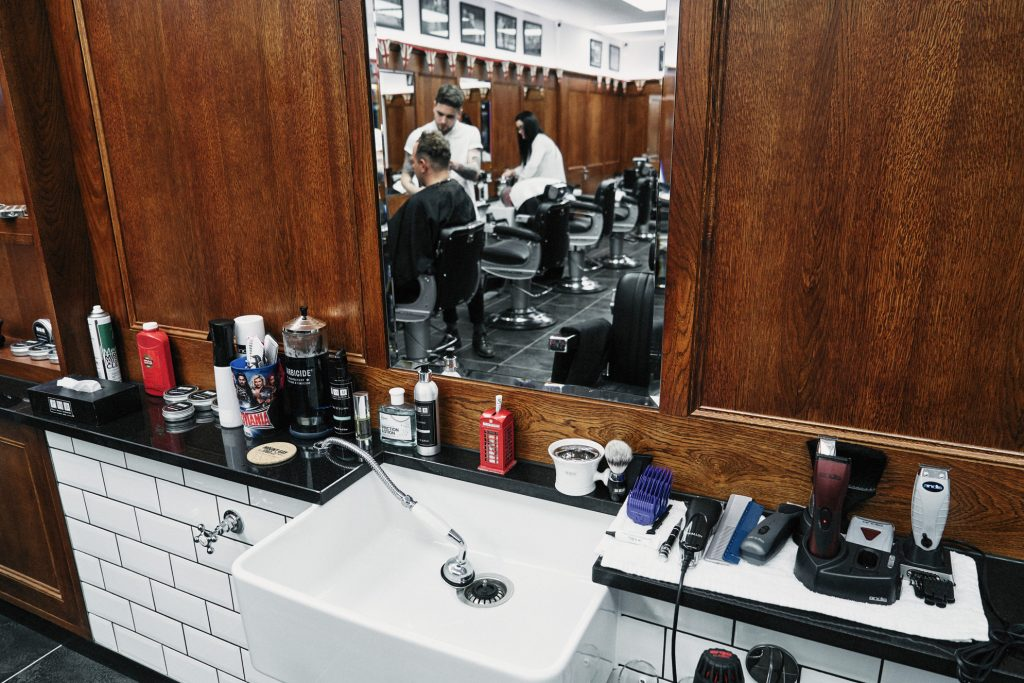 nearby barbers open now near Chinatown NYC