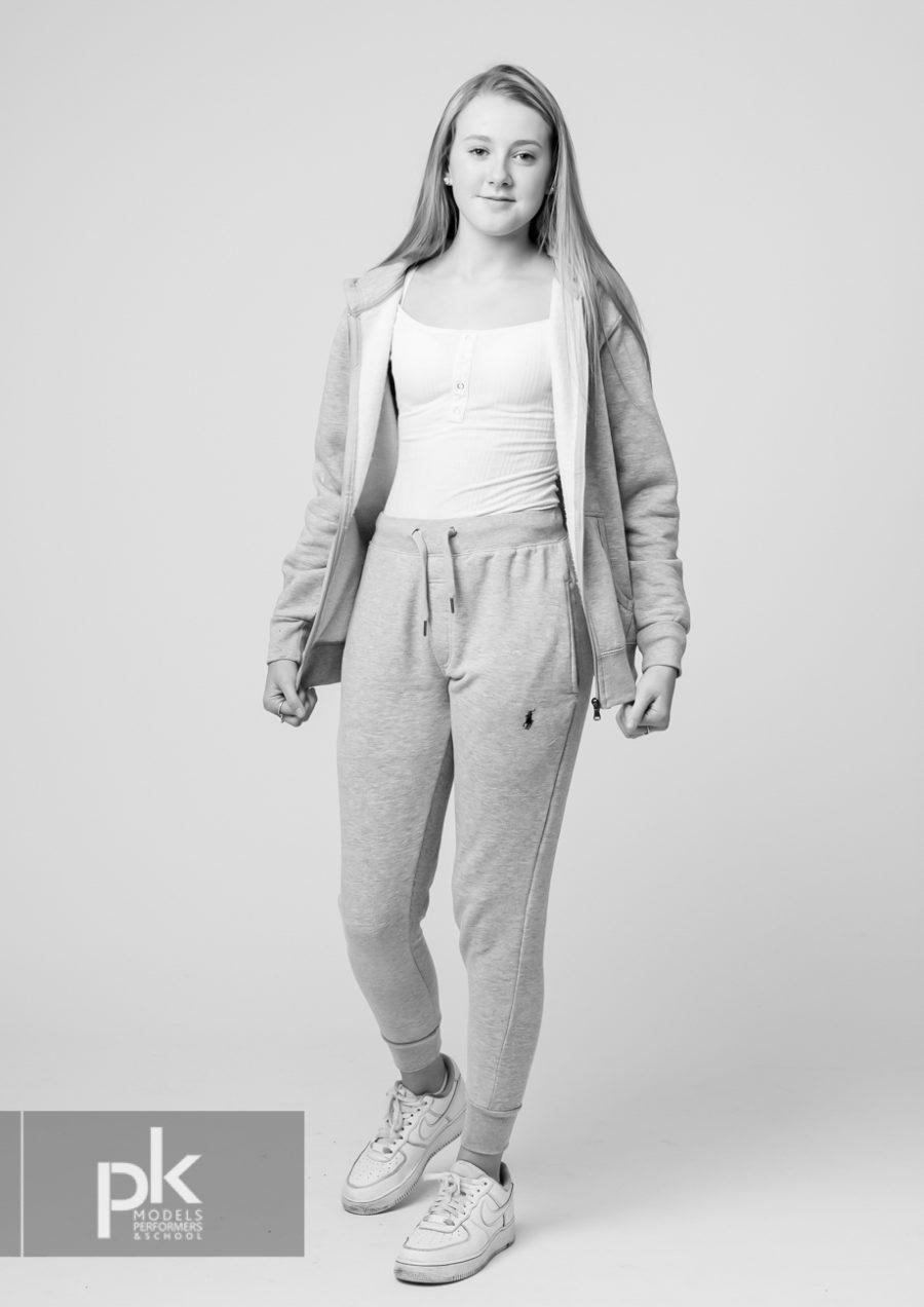 Lydia-Performer-Dec-5